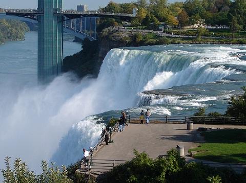 American_Niagara_Falls_2